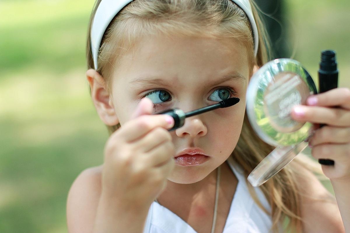 Хрупкая красота. какие косметические средства можно применять подросткам?. как научить подростков правильно пользоваться космети.