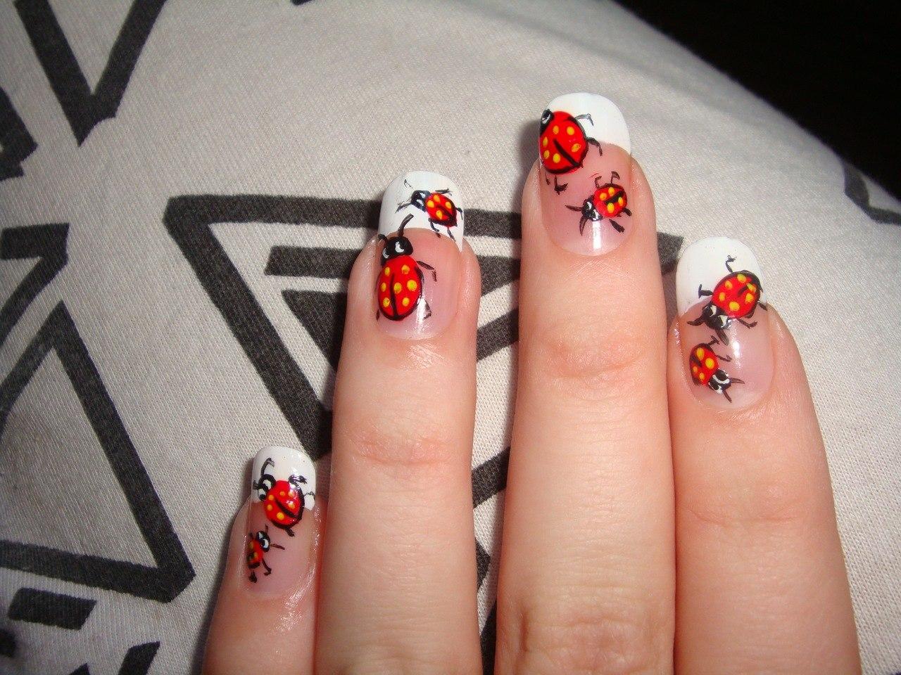 Легкие маникюры для коротких ногтей в домашних условиях фото