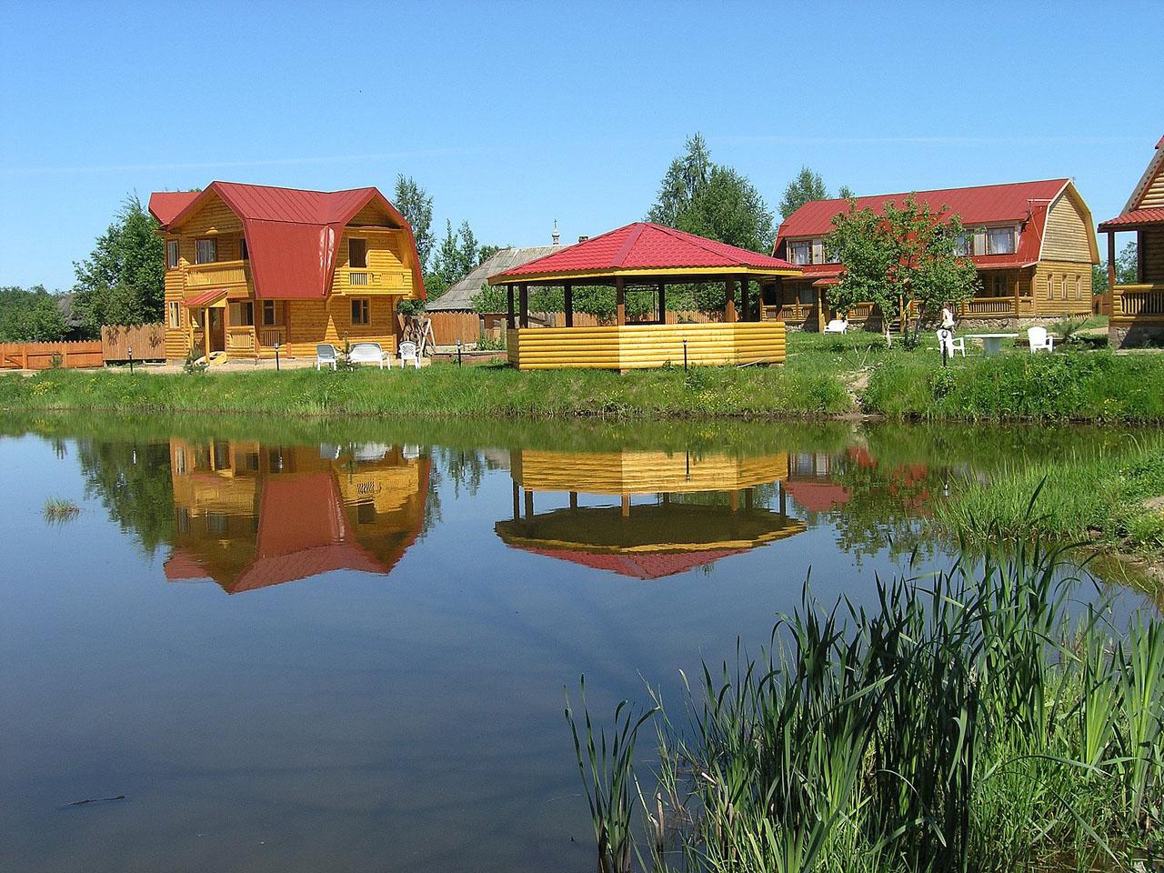 базы отдыха в подмосковье на берегу озера с рыбалкой