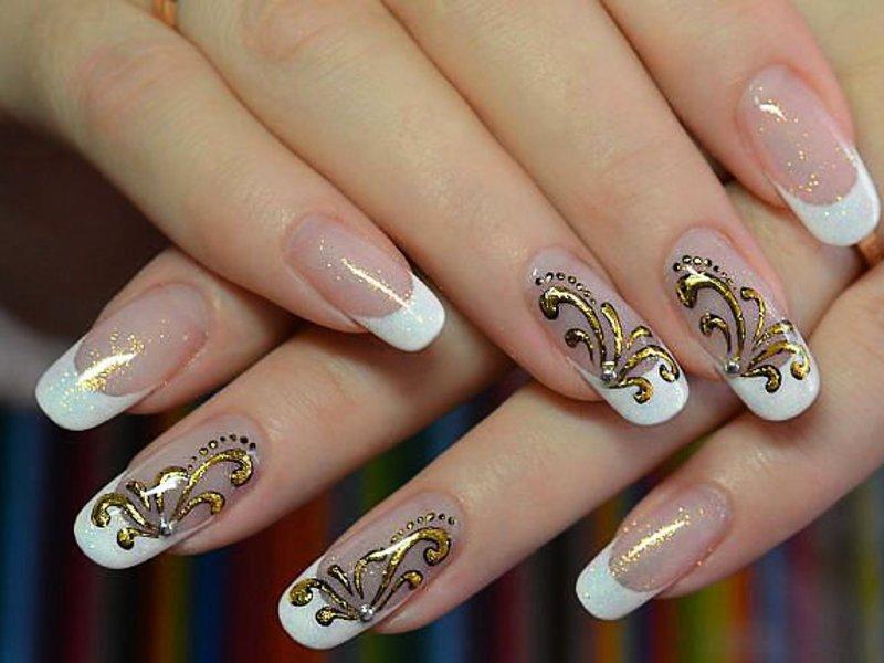 Дизайн ногтей френч с литьем