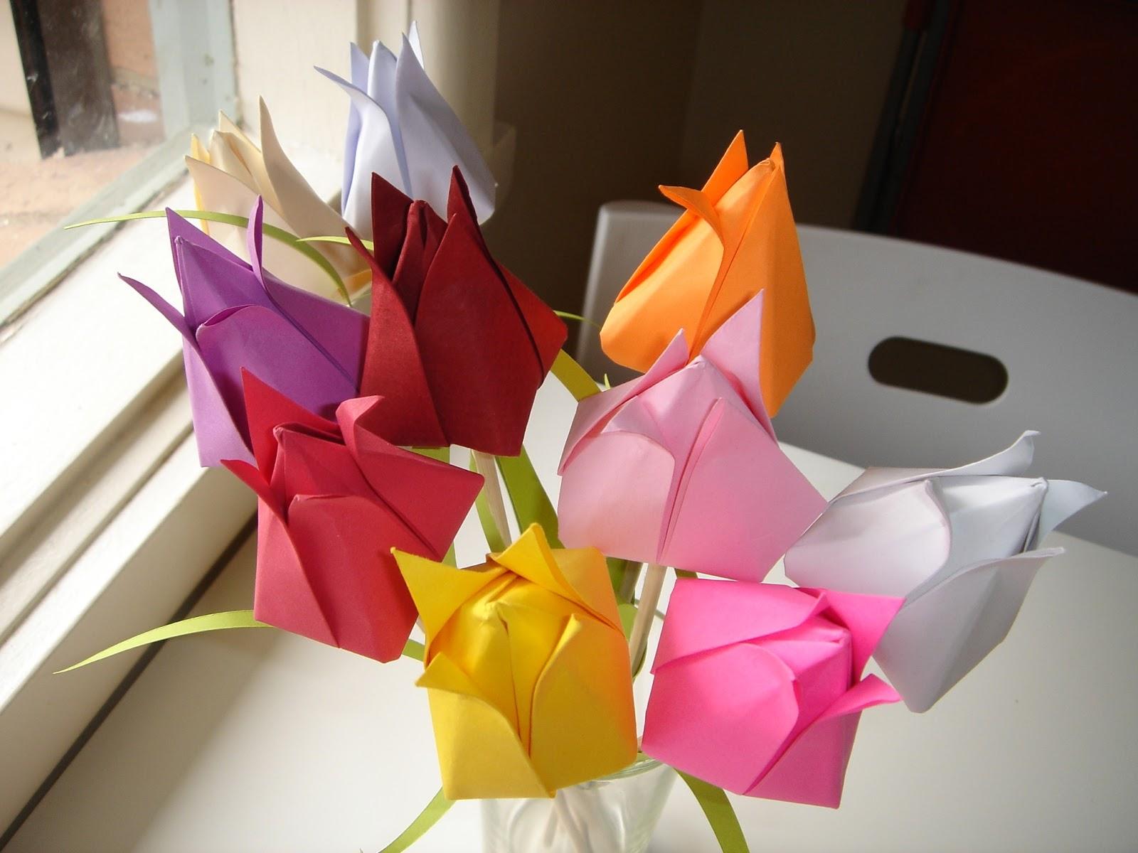 Фото как сделать тюльпаны из бумаги своими