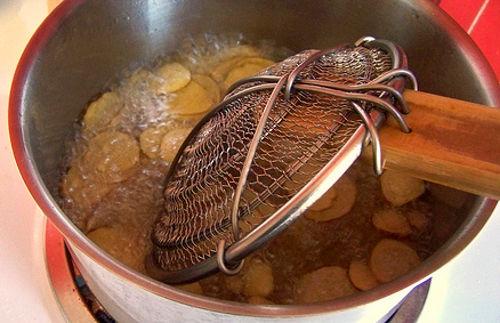 Как пожарить чипсы в домашних условиях на сковороде - Mosstroyservice