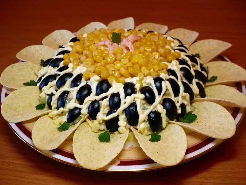 Фото салата с чипсами