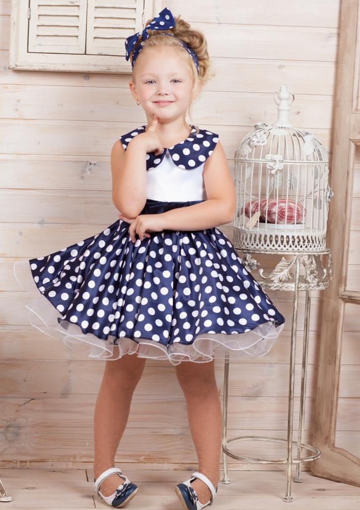 Платье для девочки из атласа