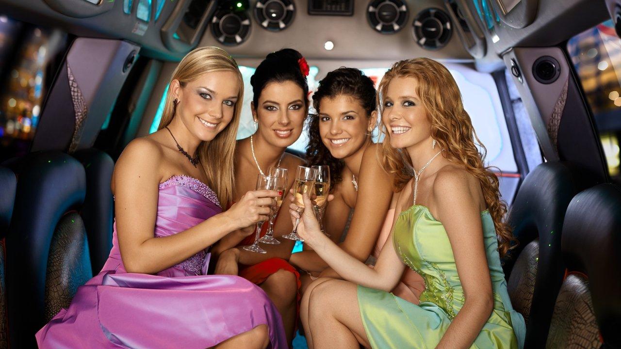 Смотреть онлайн русские девичники перед свадьбой 30 фотография