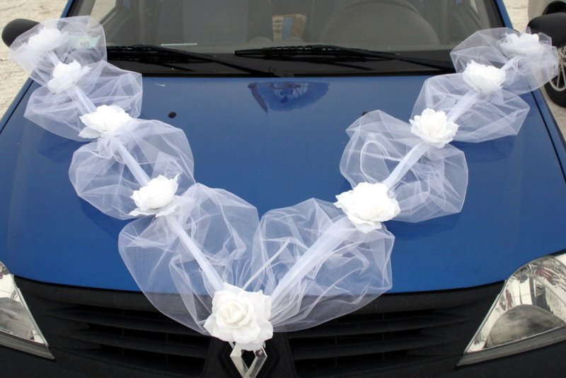 Лента на капот свадебной машины 187