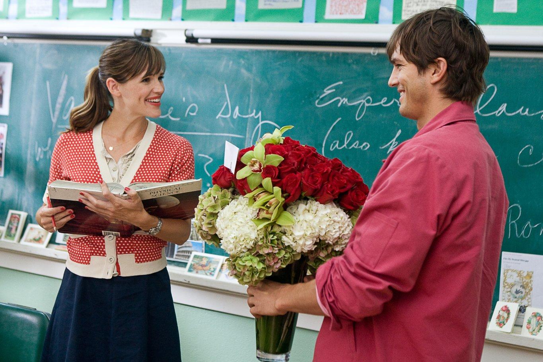 Ученик в гостях у учительницы смотреть онлайн 20 фотография