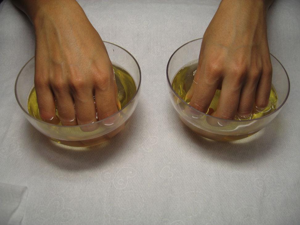Ванночки от сухости рук в домашних условиях