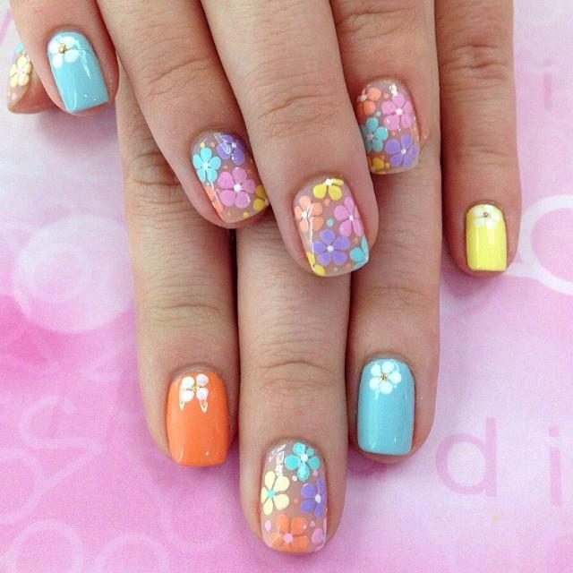 Летние дизайны на ногтях