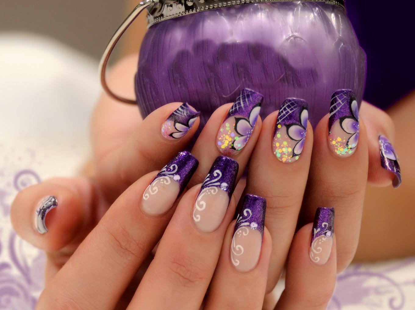 Маникюр френч с рисунком фиолетовый