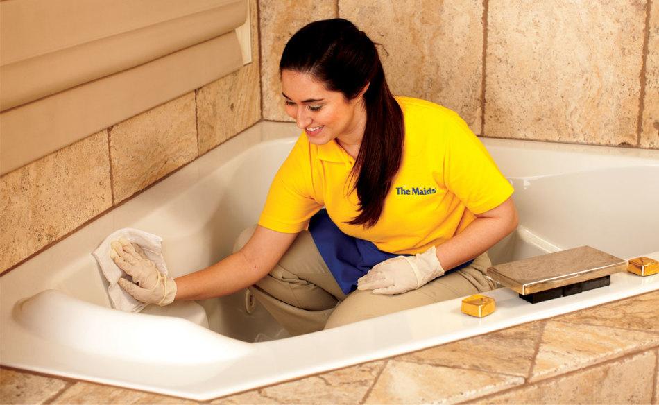 Отчистить ванну до бела в домашних условиях