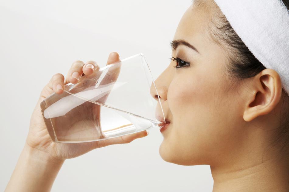 Можно ли при беременности пить холодную воду