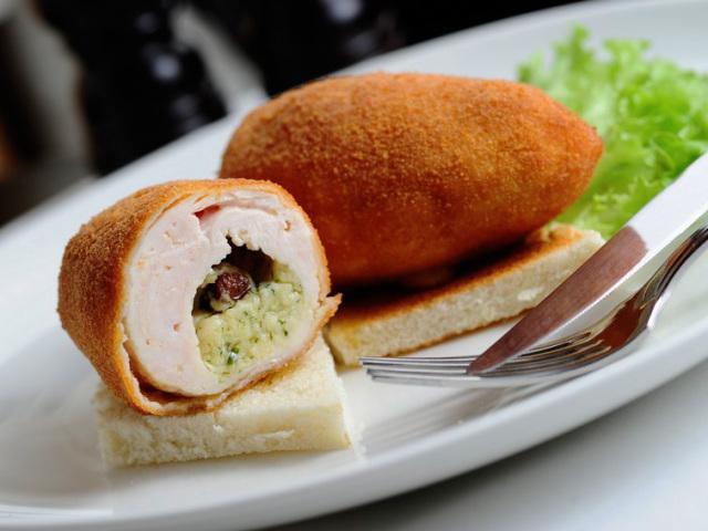 из какого мяса делают котлеты по-киевски
