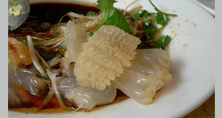 Блюдо из съедобной медузы