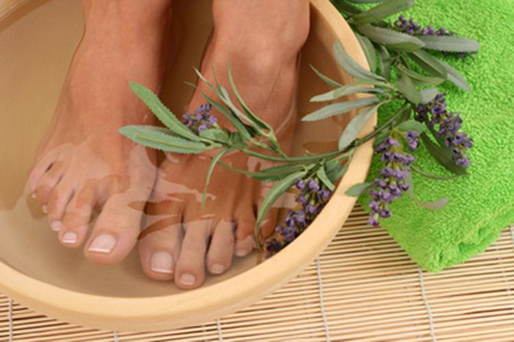 Ванночки с лавандой для ног