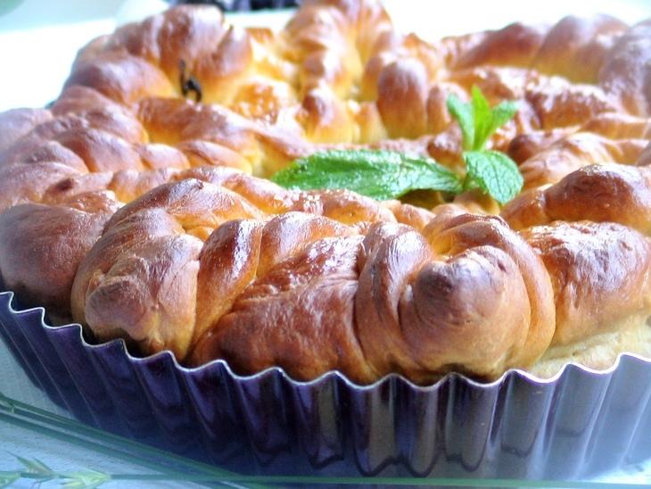 Пирог с щавелем и яблоками