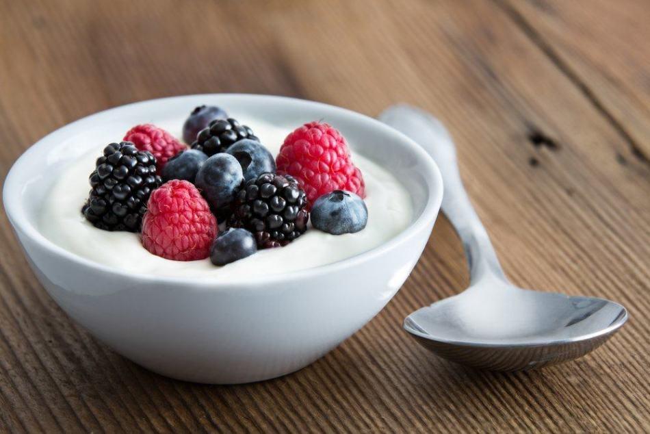 Сколько йогурта можно есть в день