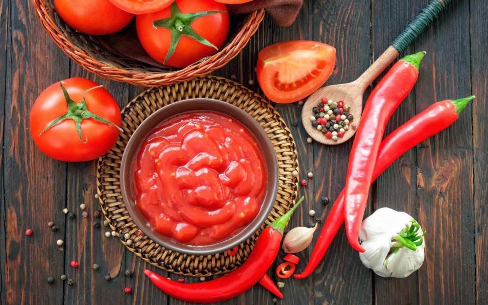 Острый кетчуп из помидор на зиму