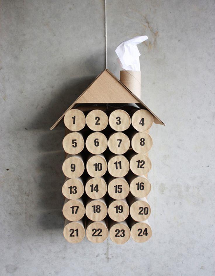 Календарь из картона в виде домика