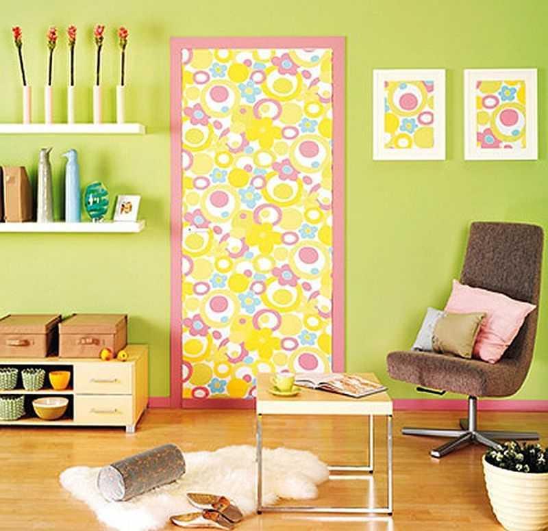 Украсить старую дверь своими руками с фото 25