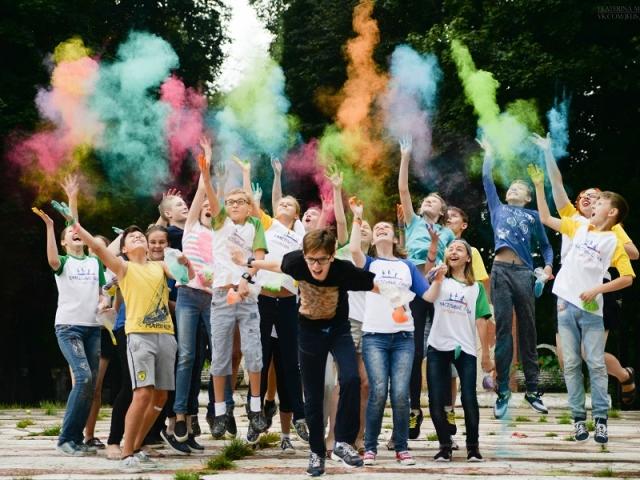 Игры на знакомства в детском лагере болгария русскоязычное население знакомства