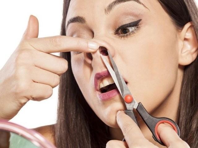 Как подстричь женщине волосы машинкой