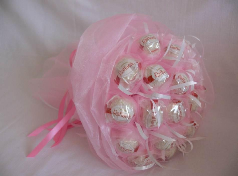 букет из конфет из рафаэлло своими руками фото