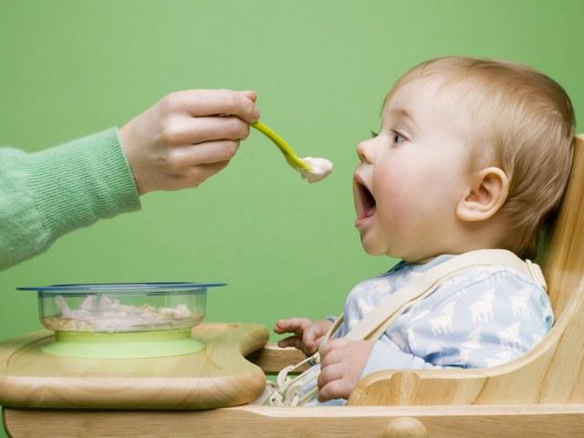 Можно ли кормить молочными кашами 6 месяцев
