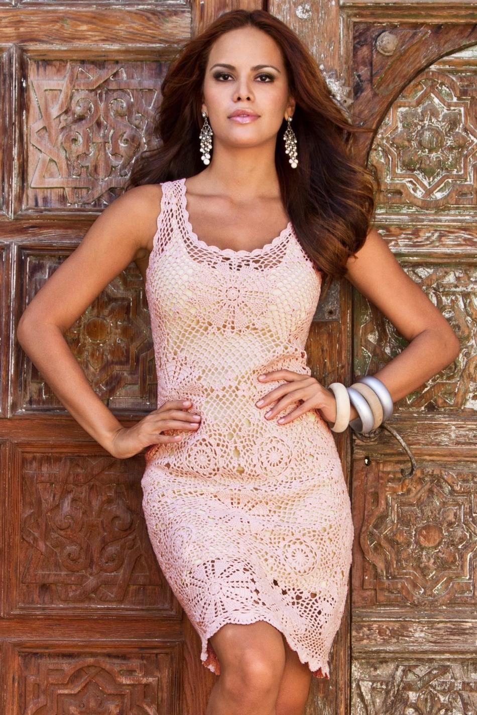 Женское платье нежность крючком