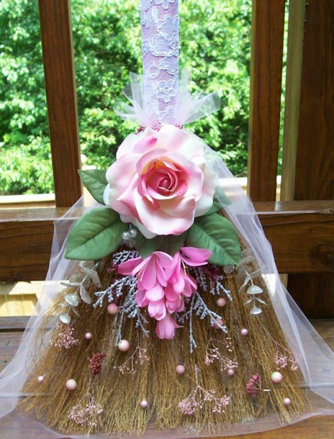 Оригинальные подарки на свадьбу своими руками с веником 87