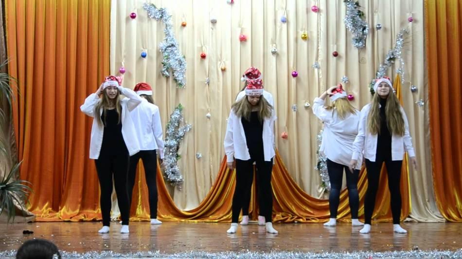 Новый год конкурсы 9 11 классы