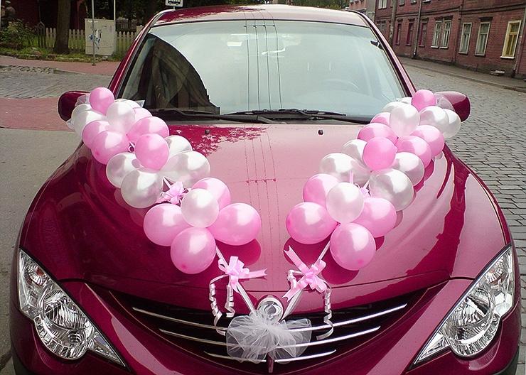 Примеры украшения свадебных машин - воздушные шары