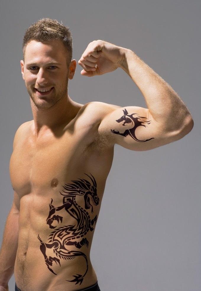 Сексуальные мужские татуировски