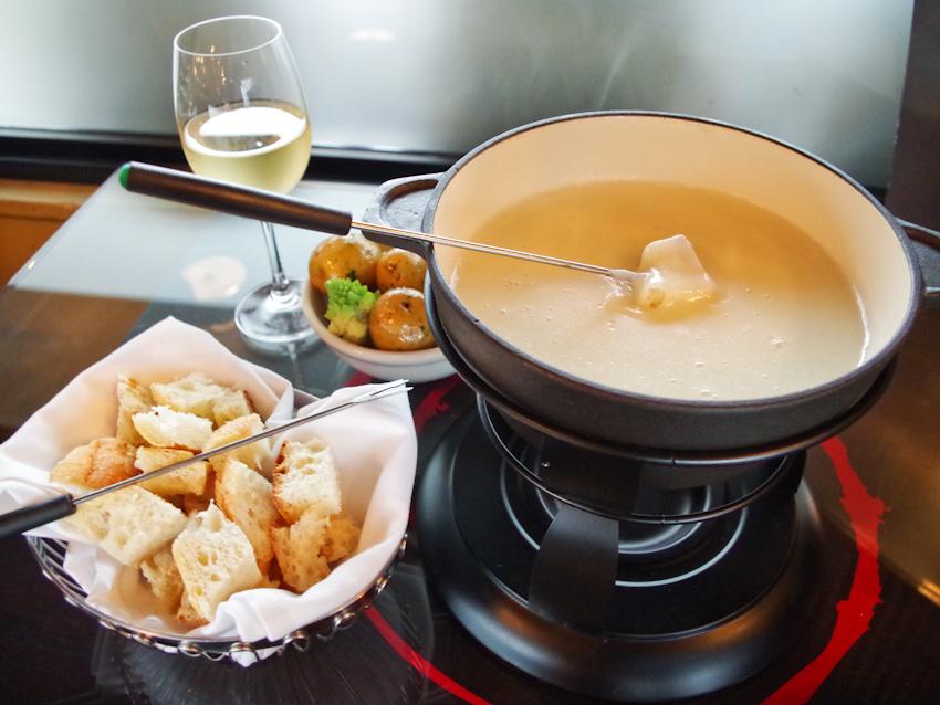 Как приготовить сырный фондю в домашних условиях