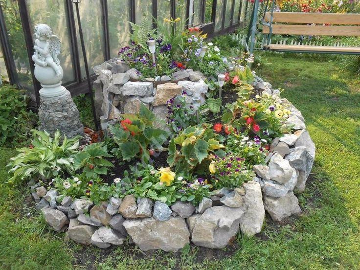 Цветники клумбы из камня своими руками