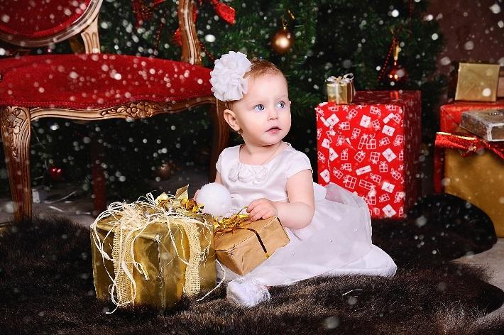 Фотография с новогодними подарками