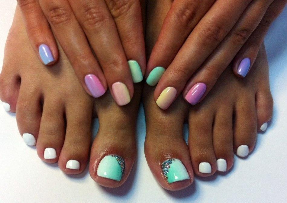 как накрасить красиво ногти на ногах фото