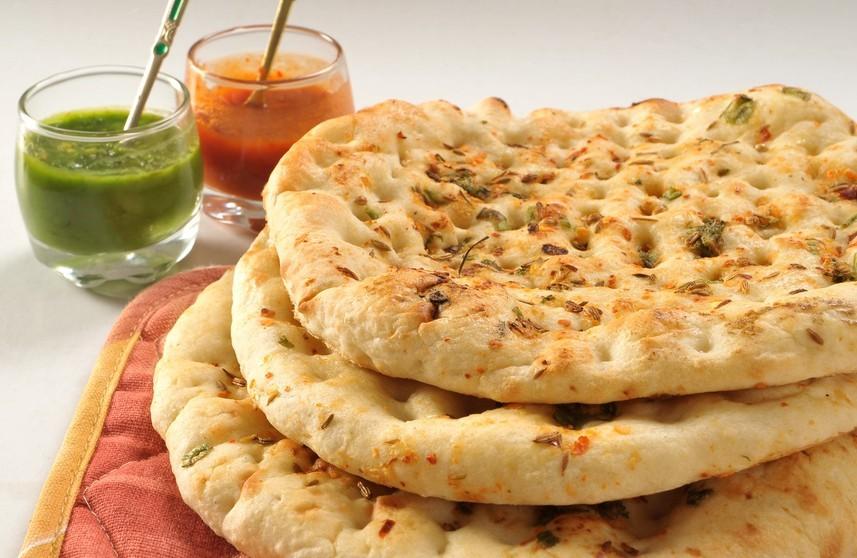 Индийские лепешки наан с сыром