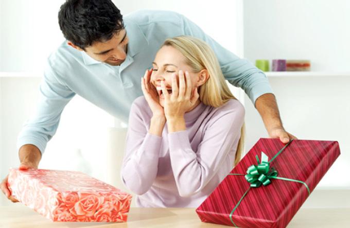 Какие подарки дарят любимым женщинам 13