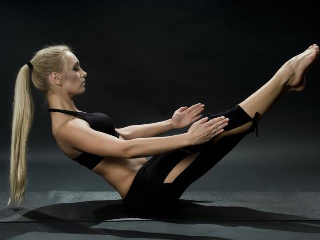 Упражнения с гантелями в домашних условиях для девушек для похудения видео