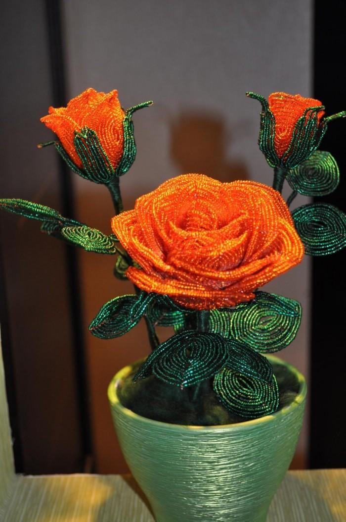 Своими руками из бисера роза