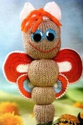 Бабочка, связанная спицами