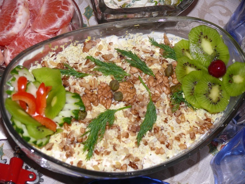 Салат с говядиной и грецкими орехами рецепт