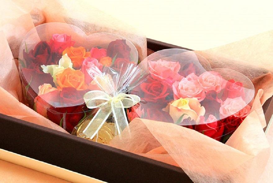 Розовые подарки на свадьбу 72