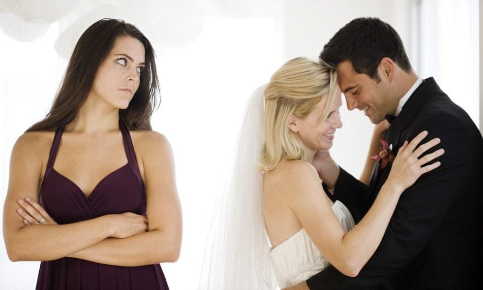 Периодически пропадает сексуальное желание