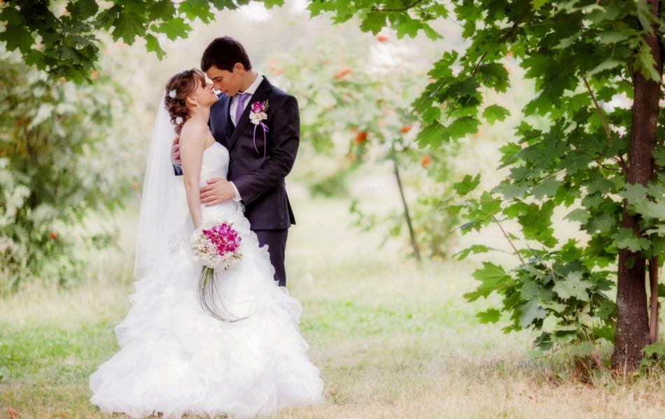 Лунный календарь свадеб на август 2018 года: благоприятные дни