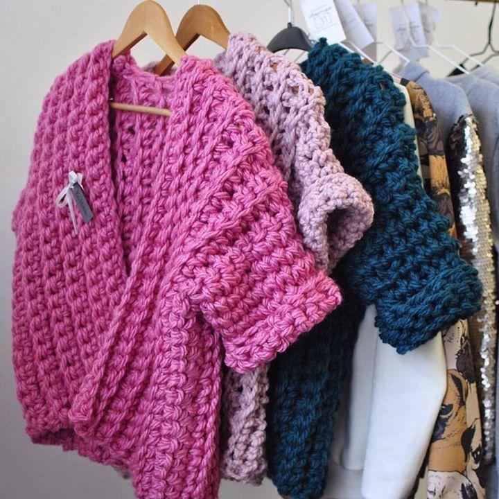 Как связать мужской свитер спицами для начинающих пошагово