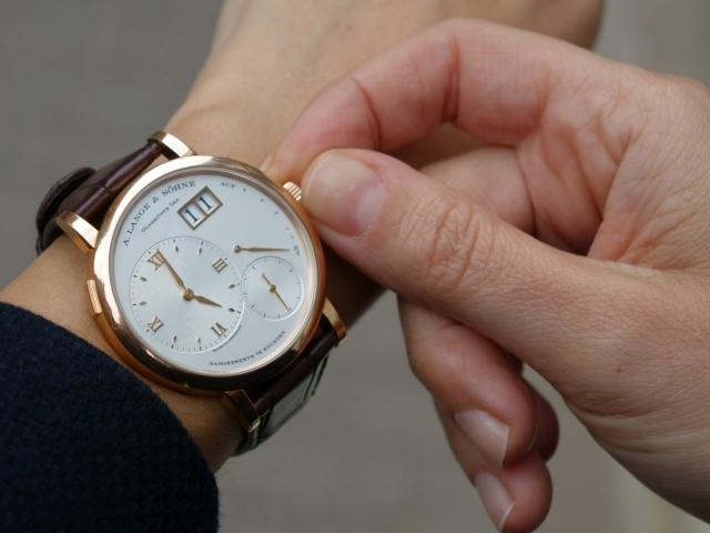 Приснились часы, к чему снятся часы, узнать значение сна 95