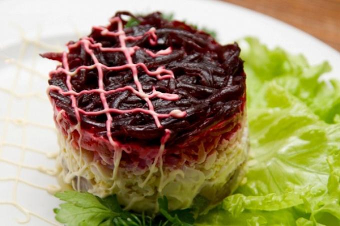 Салат сельдь под шубой пошаговый рецепт с классический