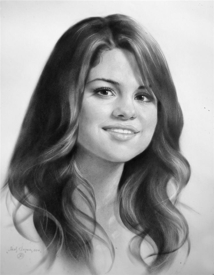 Образец портрета лица женщины нарисованный карандашом скачать